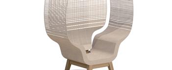 """LEMAITRE DEMEESTERE + SISMO DESIGN I Spécialiste du tissage de lin, Lemaitre-Demeestere imagine de nouveaux horizons pour la matière """"Lin"""" (rideau et fauteuil) avec les Sismo."""